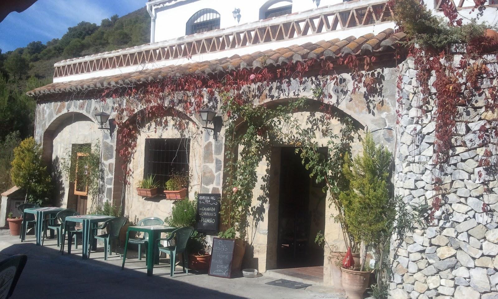 Restaurante el palmeral malaga moet restaurante el for Sala hollywood malaga
