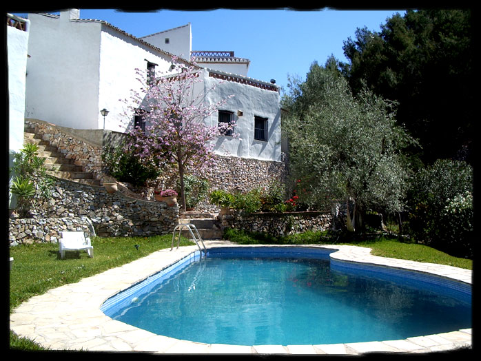 En verano a la piscina el acebuchal - Casa de verano con piscina ...